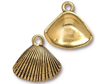 6 TierraCast Shell 11/16 inch ( 19 mm ) Gold Plated Pewter Charms Pendants