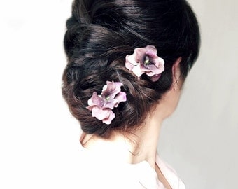 Bridal Hair Pins, Mauve and Ivory, Hydrangea Flowers, Wedding Bobby Pins, Flower Hair Clips, Floral Hair Pin Set, Rustic Woodland Wedding,