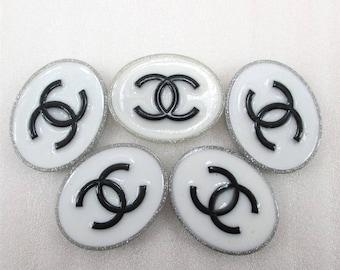 White Black Chanel Cabochon Flatback Resin Size 36*29*4.6mm