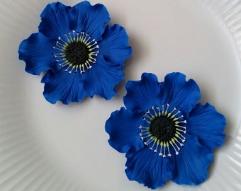 ANEMONES ROYAL BLUE Set of 2 / Gum Paste Flowers  / Edible Cake and Cupcake Decorations