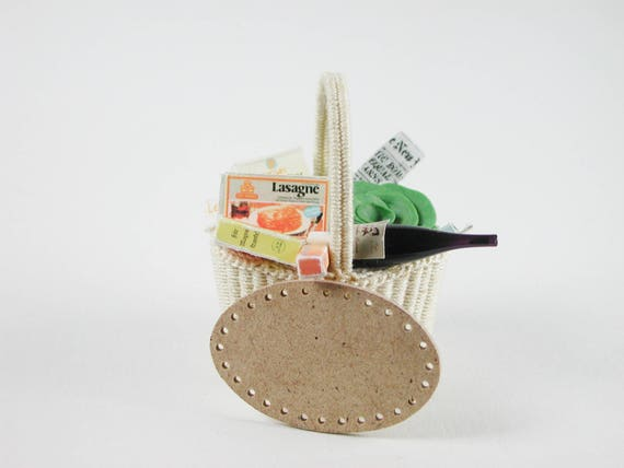 Shopping basket, ground to the wickern, weave baskets, to the craft for the Doll House, dollhouse miniatures, modelling