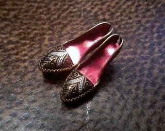 Brass Shoe Brooch