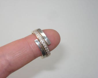 Vintage Sterling Silver Cubic Zirconia Ring - Retro Ring - Size 8    925