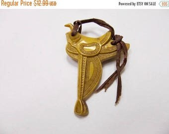 On Sale Vintage Plastic Saddle Pin with Leather Strap Item K # 723