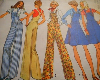 Vintage 1970's Simplicity 7006 Overalls and Short Jumper Sewing Pattern, Size 9/11, Bust 32/33.5