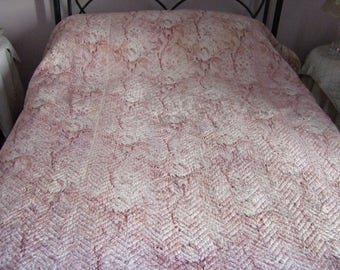 French Boutis,Antique Quilt,Vintage quilt, Throw. Hand stitched, Double Sided. Tradional Provence Quilt. Large.
