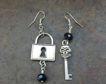 Goth Earrings, Skeleton Key Earrings, Lock and Key earrings, Black and Silver Earrings , Burner Style, Gothic Style