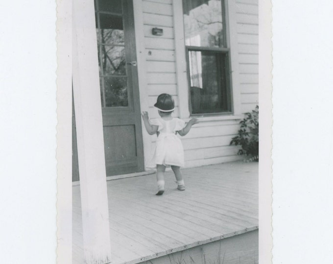 Vintage Snapshot Photo: Kathleen, 1952 (71537)