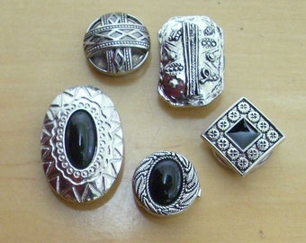 Free shipping! 5 Assorted silvertone button covers