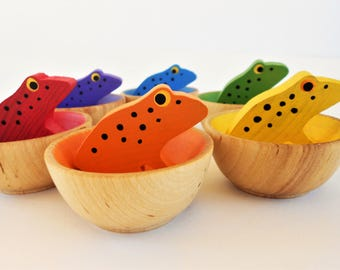 Wood color matching toddler toy rainbow frogs set with wooden bowls montessori color learning game