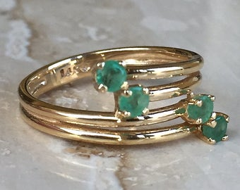 Beautiful 14k Yellow Gold Emerald Split Bypass Ring Weighing 3.2 grams and Size 6.25
