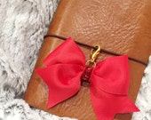 Red bow charm