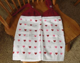 Valentines - Red & Pink Hearts W/Kiss Me Knit Top Kitchen Towels