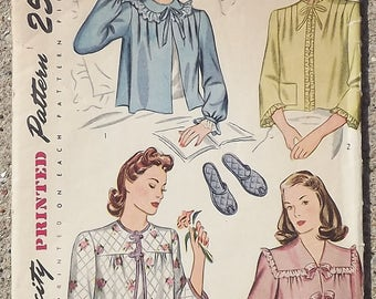 Vintage 1940's Simplicity Sewing Pattern For Misses Bed Jacket And Slippers Bust 36