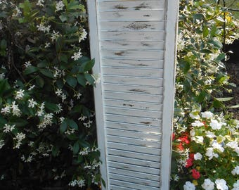 White Wood Shutter-Vintage Distressed Shutter-Old Shutter- White Vintage Painted Shutter- Shutter-Message Holder-Wall Decor Shutter