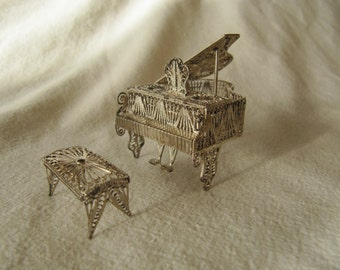 Vintage Miniature Filigree Piano Bench Dollhouse