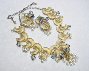 Lovely Gold Tone Necklace and Earring Set Dangling Pearl & AB Glass Beads