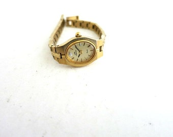 Jules Jurgensen Women's Quartz Watch Gold Tone Diamond Chip