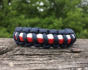 Patrotic bracelet, Red, White and Blue paracord bracelet , Accessories for the Fourth of July, Handmade Survival Bracelet