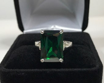 GORGEOUS 8ct Emerald Cut Emerald Ring  Sterling Silver Ring Size 5 6 7 8 9 Trending Holiday Jewelry Gifts Lab Grown 14x10mm May Mom Sister