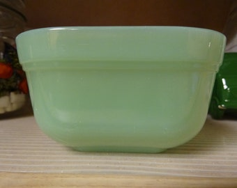 Fire King Jadeite refrigerator dish in good condition, 4.25 inches wide X 2.5 inches tall, no lid