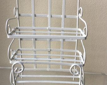 "Dollhouse Miniature 1"" Scale White Metal Shelf (RG)"