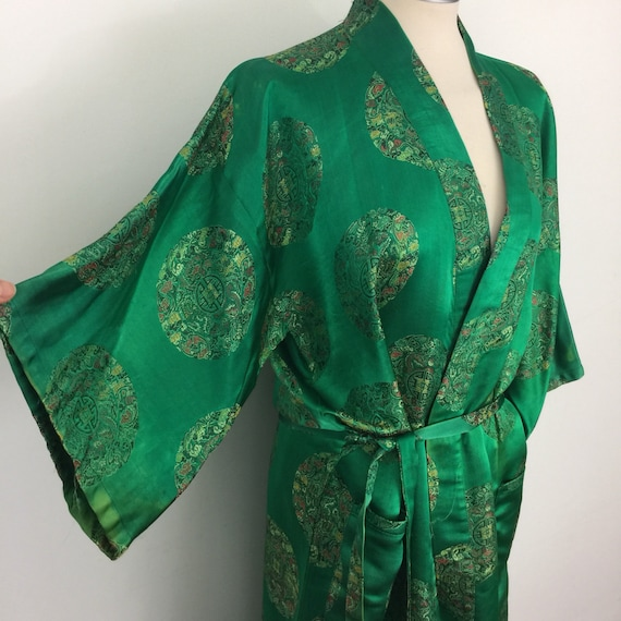 Vintage Chinese robe long length wide sleeves woven emerald green oriental Pin up dressing  gown large plus size satin silky