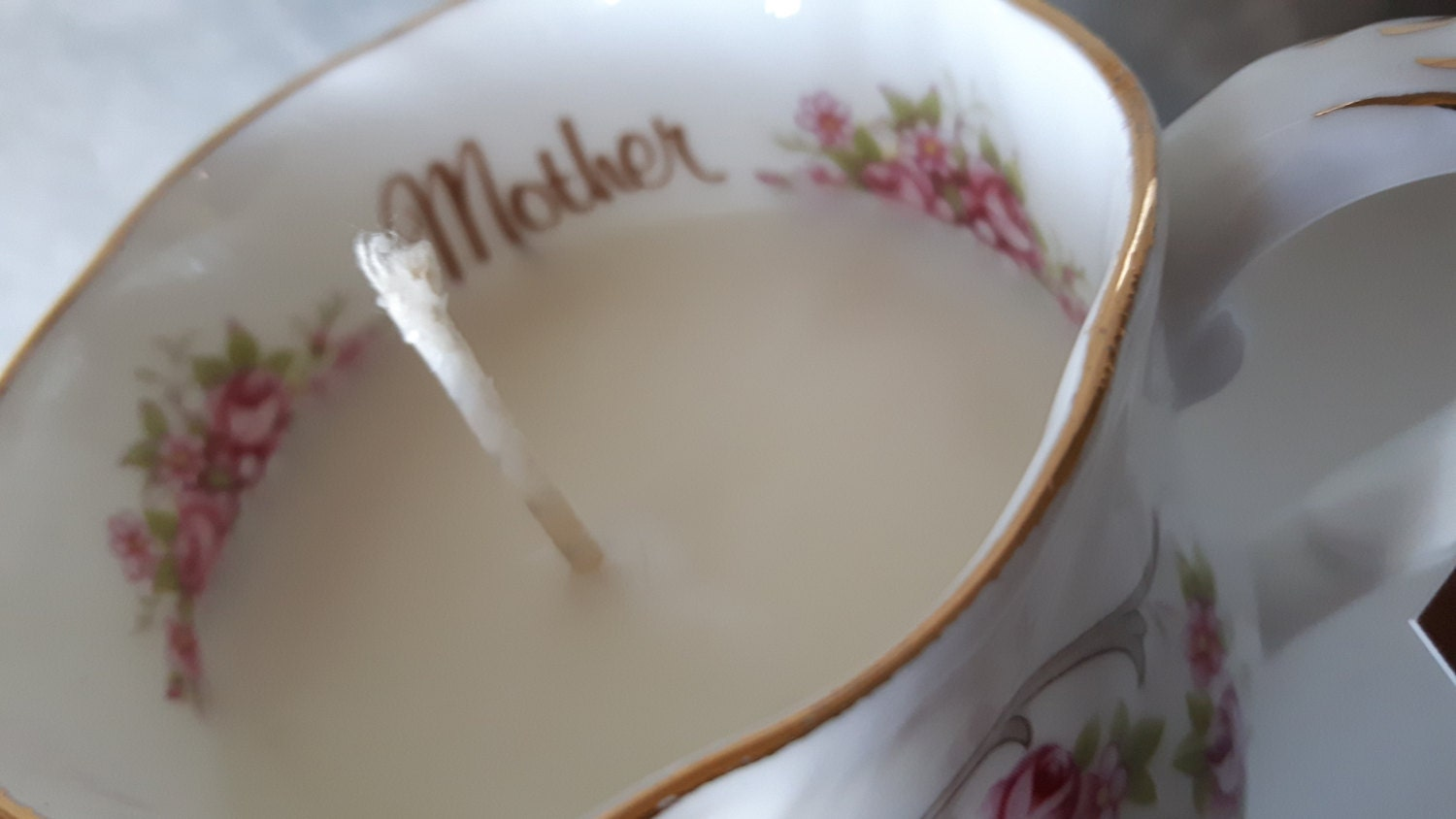Hand poured scented soy wax vegan vintage tea cup candle, scented with sticky toffee pudding