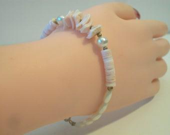 Vintage Pale Pink Shell Pearl Bracelet Beachy Retro Boho Hippie Jewelry
