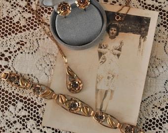 1940s Necklace Bracelet Earrings Jewelry Set