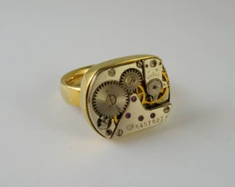 One of a Kind Watch Movements RIng! Yellow Brass and Watch parts - Size 5, Free shipping in US!