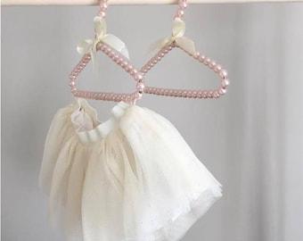 Pearl Hangers