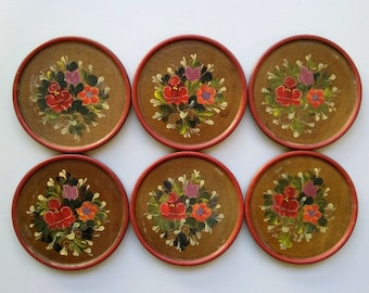 Vintage Wooden Plates,Folk Art, Set of 6, Wood Hand Painted Floral Décor