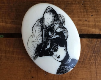 Vintage 1970's Victorian Lady French Serigraphy Brooch