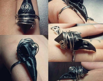 Wire wrapped raven skull ring