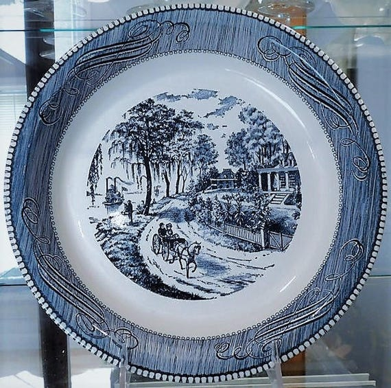 Currier and Ives Pie Plate / Home on Mississippi