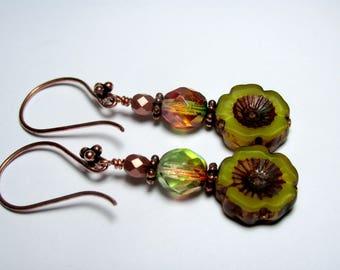 Green Czech Flower Earrings, Drop Earrings, Dangle Earrings, Copper Earrings, Rustic Earrings, Boho Earrings, Beaded Earrings, Gift for Her