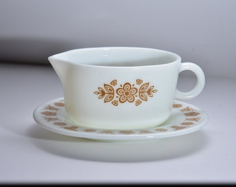 Pyrex Butterfly Gold Gravy Boat with Plate