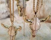 Longhorn Skull Pendant Necklace Gold Pendant Charm Longhorn Tusk Necklace Jewelry bull horns skull Necklace Ram Skull Longhorn Gold Necklace