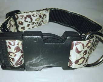 Handmade Small to medium Dog collars. In various Animal prints. 1 Inch thick. Neck sizes 11-16 Inches.