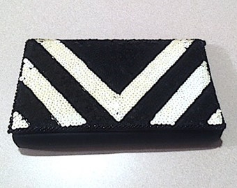 Vintage 80's Black & White Chevron Sequin Ladies Evening Bag, Purse Handbag Evening Wear Formal Accessory Satin Clutch Sophisticated Elegant