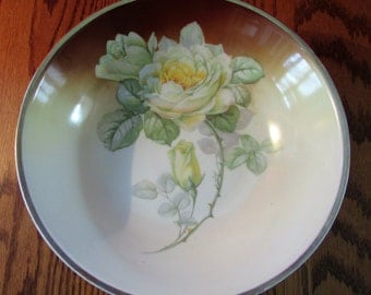 Beautiful Vintage Germany Hand Painted Three Crowns China Porcelain Bowls