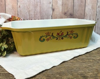 Vintage Nordic Ware Loaf Pan/Gold/Made in USA/1 LB/Bread-N-Board