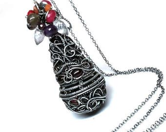 Pendant garnet, silver jewelry. Silver sterling 925, Wire wrap,Topaz, Karneol