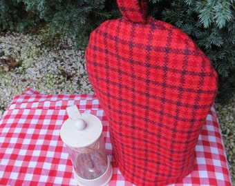 A cafetiere cosy, size small.  To fit a 2 cup cafetiere.  Tweed wool.