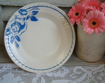 French vintage mid century stencil ware serving bowl. Blue and white. Blue flowers. French stencilware. French blue. Salad bowl.