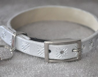Ella Selection Silver Pearl Geometric Patterned Leather Cat Collar