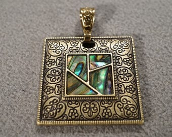 Vintage Art Deco Style Yellow Gold Tone Genuine Abalone Square Scrolled Pendant Jewelry -K#18