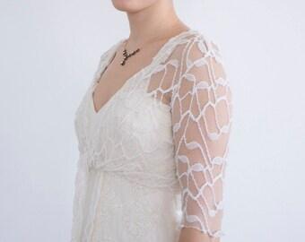 Lace Bridal Shrug Tulle Shrug Wedding Wrap Bridal Wrap Bridal Bolero Wedding Shrug Bridal Cover Up Bridesmaid gift Wedding Bolero