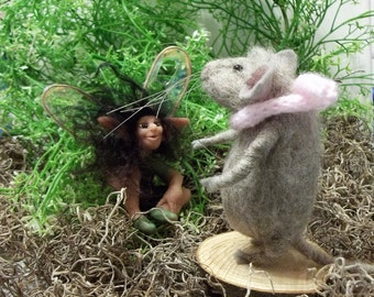Gray Dabney Mouse Is Enjoying The Spring Sunshine When A Fairy Popped Out To Say Hello Needle Felted A Soft Sculpture Miniature Collectible
